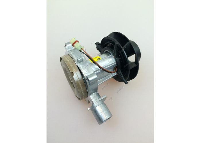 25.2070.99.20.00 252070992000  EBERSPACHER HEATER AIRTRONIC D2 24V COMBUSTION BLOWER MOTOR | 252070992000   Eberspacher / Eberspacher Spare Parts / D2 Airtronic / Eberspach  EBERSPACHER ESPAR D2 AIRTRONIC NIGHT HEATER